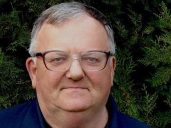 kék 72 éves társkereső profilképe