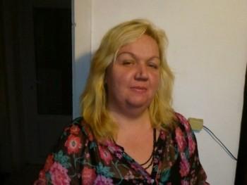 Líza50 51 éves társkereső profilképe