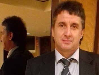 1pasi 54 éves társkereső profilképe