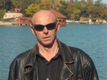 Okostojás 54 éves társkereső profilképe
