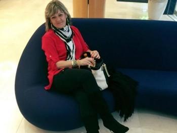Azsuzsa 60 éves társkereső profilképe