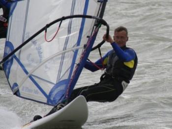 Péter66surf 54 éves társkereső profilképe