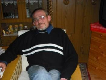 nemecsa 58 éves társkereső profilképe