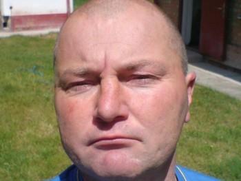 Sbert 46 éves társkereső profilképe