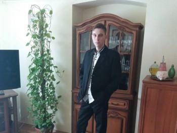daniel1992 28 éves társkereső profilképe