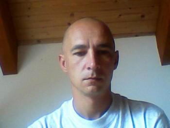 Laszlo1976 44 éves társkereső profilképe