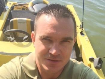 Vinyó 41 éves társkereső profilképe