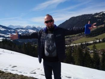 Vikesz 41 éves társkereső profilképe