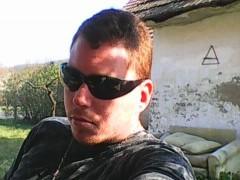 milán92 - 27 éves társkereső fotója