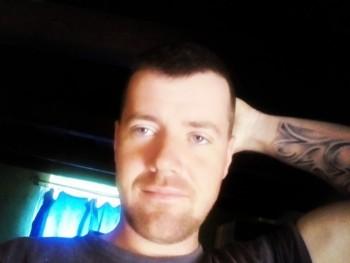 Cseri Krisztián 27 éves társkereső profilképe