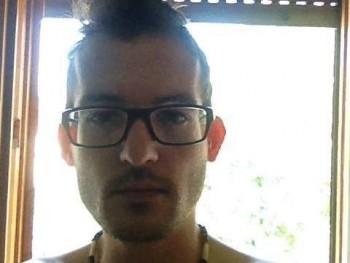 Jozef30 31 éves társkereső profilképe