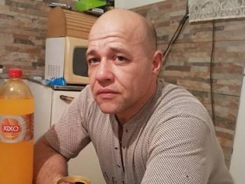 VMiki 45 éves társkereső profilképe