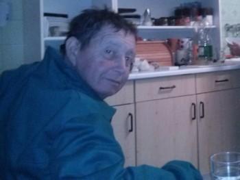 attila 7 52 éves társkereső profilképe