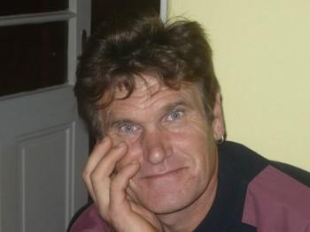 antal daniel 54 éves társkereső profilképe