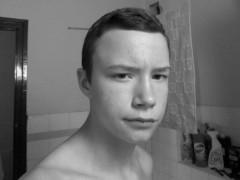 Dániel2001 - 18 éves társkereső fotója