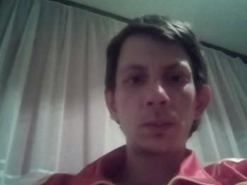 szingli32 34 éves társkereső profilképe