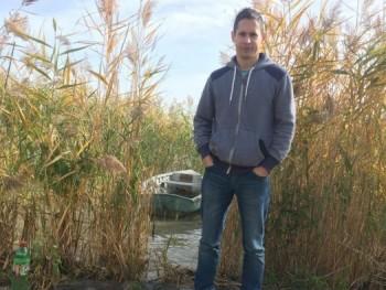 János Gábor 45 éves társkereső profilképe