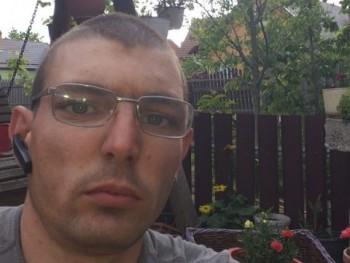 csababenedek80 34 éves társkereső profilképe