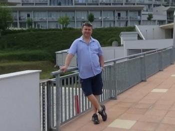 seat71 39 éves társkereső profilképe