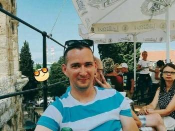 zsolt8484 35 éves társkereső profilképe