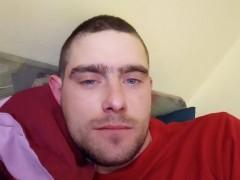 józsef27 - 28 éves társkereső fotója