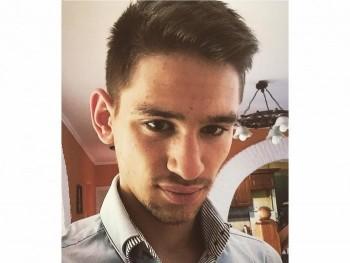 mrmed 23 éves társkereső profilképe