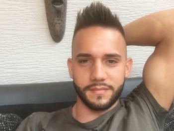istike92 28 éves társkereső profilképe