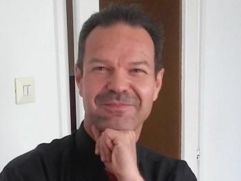 kozarikk 48 éves társkereső profilképe