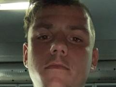 razor3 - 18 éves társkereső fotója