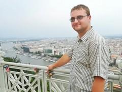 Pisti24 - 25 éves társkereső fotója