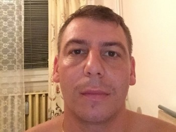 Csomesz 36 éves társkereső profilképe