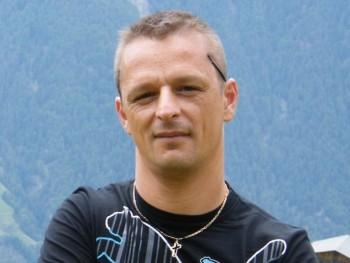 arpee 47 éves társkereső profilképe