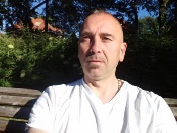 Zoléé 44 éves társkereső profilképe