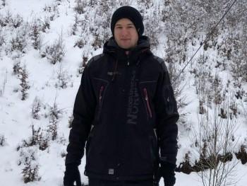 Tabii 22 éves társkereső profilképe