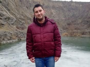 Zsol665 27 éves társkereső profilképe