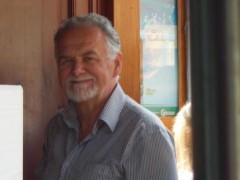 Waterlow - 70 éves társkereső fotója