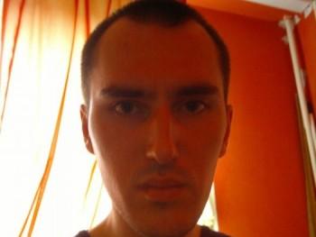 Ferenc9028 31 éves társkereső profilképe
