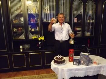 Gusztáv 68 éves társkereső profilképe