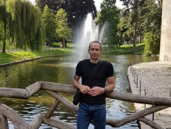 pumi10 40 éves társkereső profilképe