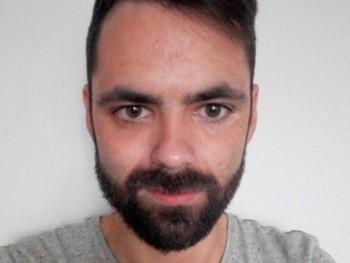 Nemut 27 éves társkereső profilképe