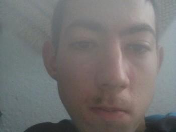 Norbert167 18 éves társkereső profilképe