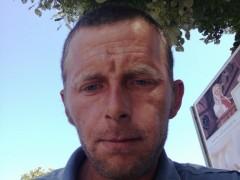 karcsi712 - 34 éves társkereső fotója