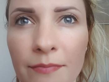 MJA 35 éves társkereső profilképe
