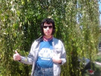 feketelovag 34 éves társkereső profilképe
