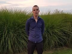 Krisz24 - 28 éves társkereső fotója