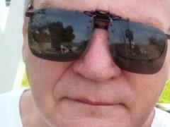 ian - 64 éves társkereső fotója