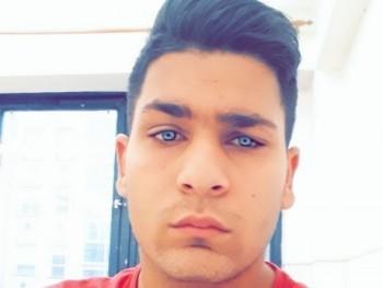 Sándor00 21 éves társkereső profilképe