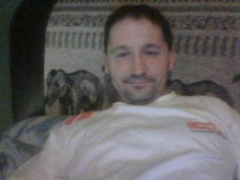 arcsibald 49 éves társkereső profilképe