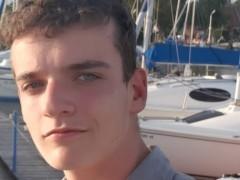Wizzair - 18 éves társkereső fotója