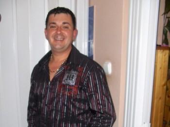 Darányi Sándor 46 éves társkereső profilképe
